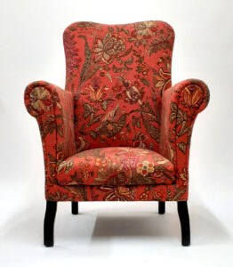 Cottage armchair feels loved again
