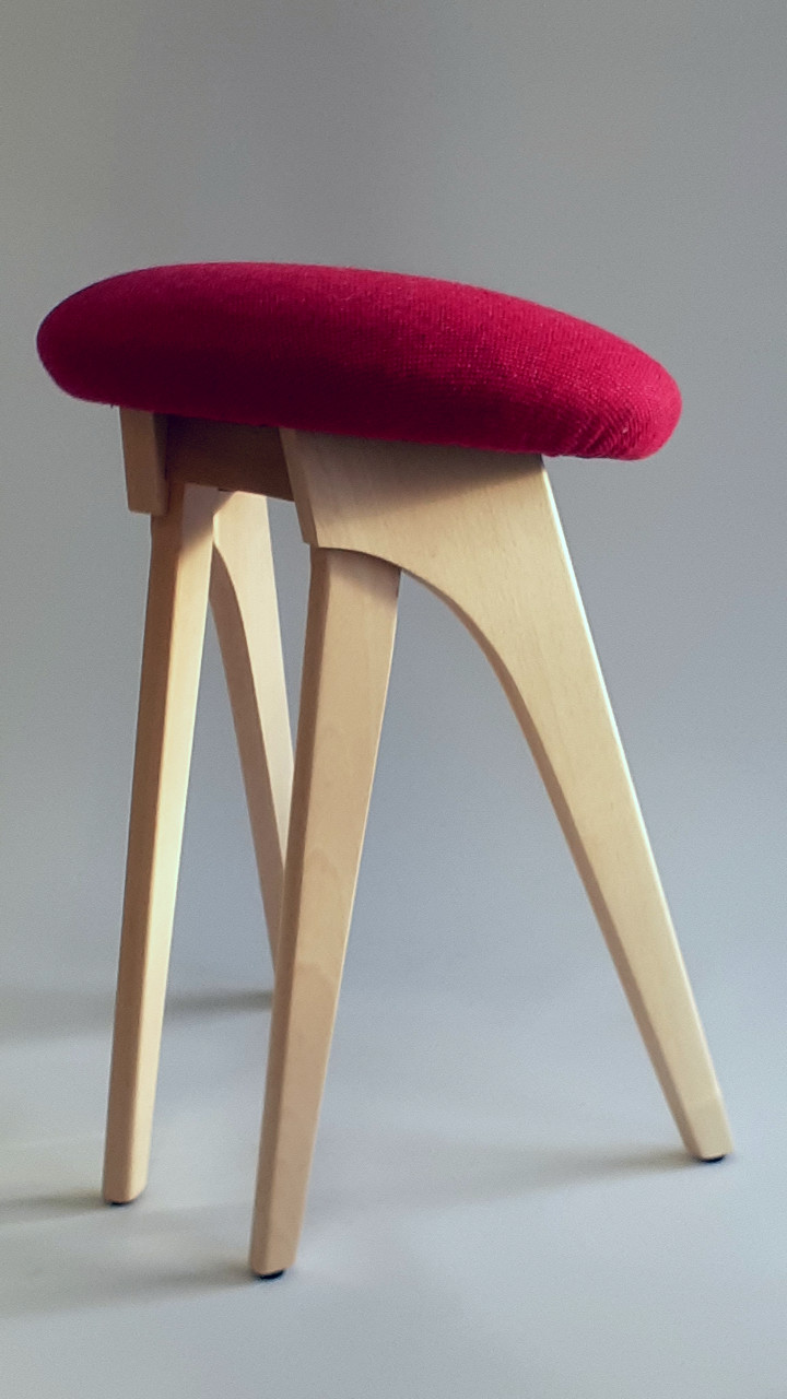 Beech harmony seat with top fabric by Bute